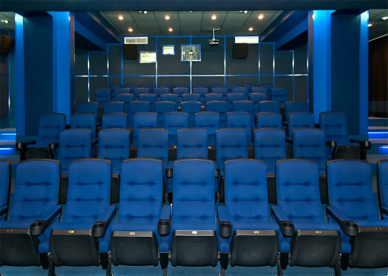 Кинотеатр Каро 7 Атмосфера